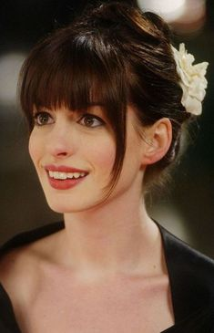 10 Anne Hathaway hair. #annehathaway #celebrities #hairstyle
