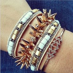 Neutrals & mixed metals. Lovely layering #stelladotstyle http://www.stelladot.co.uk/sites/ClareWatkins/?lc=en_gb