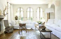 /\ /\ . Pamela Pierce . living room . phase no.3