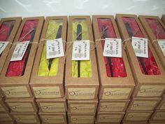 Varinhas em mdf Produto artesanal Todas as varinhas são diferenciadas Acompanha tag personalizado MÍNIMO DE 10 VARINHAS R$ 3,70
