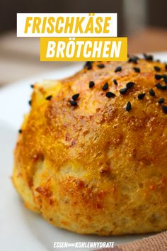 Low-carb bread rolls from cream cheese - Low-Carb Backrezepte - Chicken Soup Recipes, Healthy Soup Recipes, Low Carb Recipes, Crockpot Recipes, Keto Foods, Keto Snacks, Quick And Easy Soup, Keto Bagels, Low Carb Veggies
