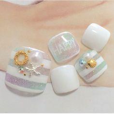 Love this summer toe nail art work! Great for the beach and vacation |… - #nails #nail