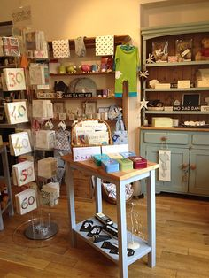 NEW SHOP - Dandelion gift boutique Chipping Campden