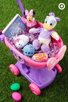 Unique Easter Basket Ideas - DIY for Boys and for Girls to Try this Year! Easter basket ideas Unique Easter Basket Ideas - DIY for Boys and for Girls to Try this Year! Baby Easter Basket, Easter Gift Baskets, Easter Basket Ideas, Diy Ostern, Easter Crafts For Kids, Bunny Crafts, Diy Crafts, Easter Party, Easter Eggs