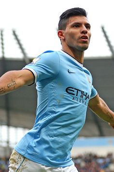 After returning from a calf injury, Sergio Aguero scored six times in four matches. The Argentinian also staged an impressive comeback in Manchester City Football Drills, Best Football Players, Good Soccer Players, Football Is Life, World Football, Soccer World, Sport Football, Basketball, Soccer Stars