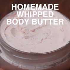 Homemade Whipped Body Butter homemade lotion bo - Home Made Soap Homemade Body Butter, Whipped Body Butter, Whipped Cream, Homemade Sugar Scrubs, Whipped Coconut Oil, Whipped Soap, Homemade Lip Balm, Diy Lotion, Lotion Bars