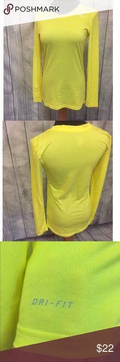 Nike Long Sleeve Shirt Like New. Dri-Fit Stretch Tee. Nike Tops Tees - Long Sleeve