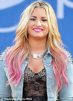 Shining bright: Demi  dip-dyed pink hair. I need some pink in my hair