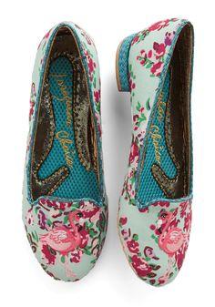 Irregular Choice Standing Elation Flat =O Cute Flats, Cute Shoes, Me Too Shoes, Unique Shoes, Funky Shoes, Crazy Shoes, Pretty Shoes, Beautiful Shoes, Shoe Boots