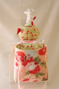 Mouse Pincushion and Snippet Bucket