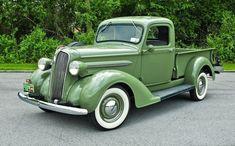 lifted #trucks #chevy Jeep Pickup Truck, Vintage Pickup Trucks, Classic Pickup Trucks, Antique Trucks, Vintage Cars, Truck Camper, Cool Trucks, Big Trucks, Pickup Truck Accessories