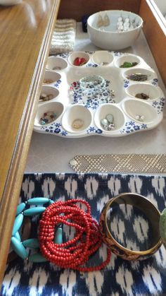 Fresh Coat of Paint: Jewelry Organization {Thinking Outside the Box} Jewelry Tray, Jewellery Storage, Jewellery Display, Jewelry Organization, Organization Ideas, Organizing Earrings, Storage Ideas, Walk In Closet Inspiration, Deviled Egg Platter