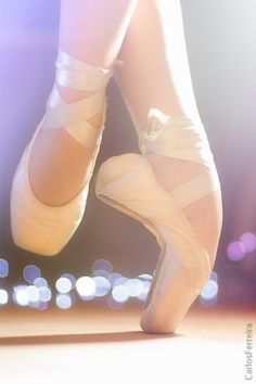 Roller derby strength training for feet and ankles inspired by ballet.