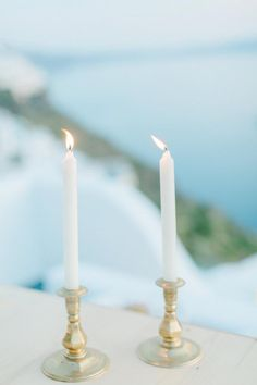 Santorini wedding- gold candle sticks