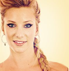 i'm sorry, but i would have stopped watching glee if it weren't for heather morris. she's so hilarious. Heather Elizabeth Morris, Heather Morris, Beautiful Young Lady, Beautiful People, Watch Glee, The Dancer, This Girl Can, Glee Cast, Girl Crushes