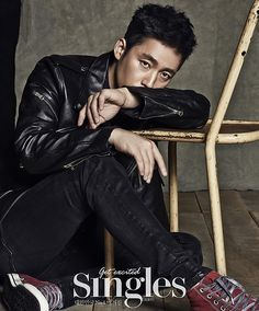 Fated to Love You's Jang Hyuk joins his former co-star, Jang Nara, in the anniversary issue of Singles. Korean Face, Korean Men, Asian Men, Asian Actors, Korean Actors, Korean Dramas, Deep Rooted Tree, Jang Nara, Fated To Love You