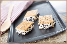 Feast your eyes on these No Fuss Frozen S'mores! | S'mores Recipes | Ice Cream Recipes| The Elf on the Shelf Blog | Mrs. Claus' Kitchen | Elf on the Shelf Ideas