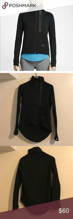 Brand New Nike Tech Cape sweatshirt Brand new, no tag/ tech cape (high lo design)/ 2 front pockets with Nike logo on left pocket/ thumb hole on sleeves perfect for running/ left chest with zipper/ Nike Tops Sweatshirts & Hoodies