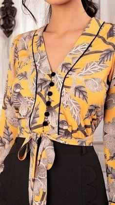 Blouse Styles, Blouse Designs, Designer Wear, Designer Dresses, Moda Chic, Shirt Blouses, Blouses For Women, Casual Outfits, Fashion Dresses
