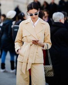 Gli Arcani Supremi (Vox clamantis in deserto - Gothian): Paris Fashion Week Fall 2018 street style Fashion Week 2018, Autumn Fashion 2018, Summer Fashion Trends, Paris Fashion, Love Fashion, Womens Fashion, Fashion Tips, Fashion Design, Style Fashion