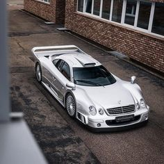 Mercedes Benz – One Stop Classic Car News & Tips Mercedes Clk Gtr, Mercedes Benz Germany, Cool Sports Cars, Performance Cars, Car Painting, New Tricks, Concept Cars, Cars And Motorcycles, Dream Cars