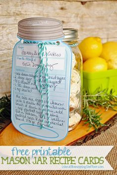 Free Printables for Mason Jars - Free Printable Mason Jar Recipe Cards - Best Ideas for Tags and Printable Clip Art for Fun Mason Jar Gifts and Organization Mason Jars, Pot Mason, Mason Jar Meals, Mason Jar Gifts, Meals In A Jar, Canning Jars, Mason Jar Cards, Canning Labels, Pantry Labels