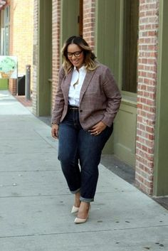 perfect-work-outfits-for-plus-size-women-34