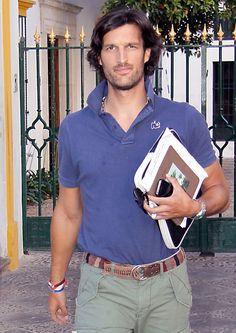 Rafael de Medina, Duke of Feria Ariana Grande Outfits, Caroline Kennedy, Under Pants, Man Up, Mens Fashion Suits, Classic Man, Complete Outfits, Check Shirt, Italian Style