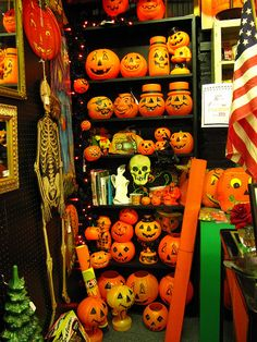 Jack o'Lantern's take a holiday... by Star Cat, via Flickr