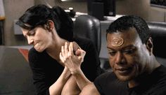 """Vala, trying to arm wrestle Teal'c! LOL From Stargate SG-1 S10-E11 """"The Quest, part 2"""""""