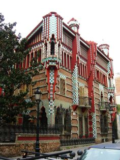 Casa Vicens - Barcelona's Casa Vicens (1888), a unique oasis of calm with an Oriental and Moorish flavour, stands in the peaceful neighbourhood of Gràcia. The building is covered with spectacular green and white tiles and was Gaudí's first major commission, which saw him following the vogue for Oriental and Eastern motifs while developing his own unique style.