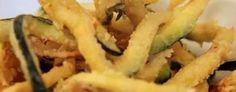 Fritto Misto alla bolognese:Costolette di agnello, crocchette di pollo, cervella, stecchi con mortadella, animelle, zucchine, carciofi, patate, cavolfiore, pomodori, fiori di zucca, melanzane, crema fritta, mele, varie crocchette dolci (di ricotta, di semolino), olio d'oliva.