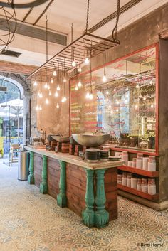 Colorful interiordesign and local Egyptian food at Zoöba restaurant | Binti Home blog : Interieurinspiratie, woonideeën en stylingtips