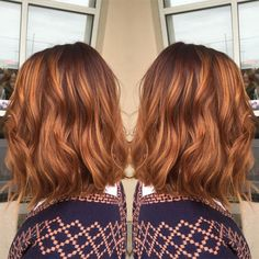 Pumpkin Spice Hair Might Be The Biggest Hair Color Of The Season Love the first two pics! – Pumpkin Spice Hair Might Be The Biggest Hair Color Of The Season… Hair Color Guide, Fall Hair Colors, Super Hair, Big Hair, Balayage Hair, Auburn Balayage, Copper Balayage, Balayage Color, Dyed Hair