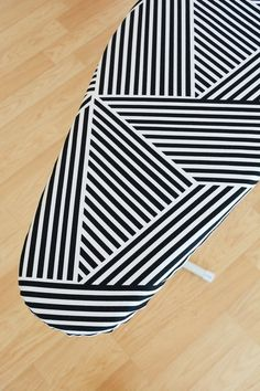 Tired of sad, boring ironing board covers the big box stores sell? Well, you can make your own custom cover to go perfectly with any decor or color scheme. Antique Ironing Boards, Wooden Ironing Board, Wooden Boards, Diy Sewing Projects, Crafty Projects, Sewing Hacks, Sewing Tips, Sewing Ideas, Small Laundry Rooms