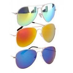 Profiteer! Spiegel zonnebrillen pakket voor maar €24,95! Spiegelglazen in groen, blauw en oranje! Gratis verzenden! Superleuk voor een Festival!