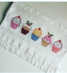 Cross Stitch Borders, Cross Stitch Baby, Modern Cross Stitch, Cross Stitch Designs, Cross Stitching, Cross Stitch Embroidery, Cross Stitch Patterns, Hand Embroidery Designs, Embroidery Patterns