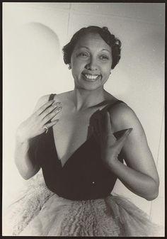 Van Vechten's Portrait of Josephine Baker, Paris. 1949.