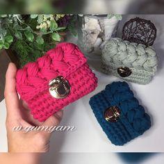 いいね!238件、コメント37件 ― ᐓ Love ꕥ crochet ᐗさん(@w.yumyam)のInstagramアカウント: 「- ・ 作品記録 ✍️ ・ バッグ型カードケース ・ 春さんイメージで コロンと可愛い形に仕上がりました❤️ ミニミニサイズ可愛い キャッシュカード10枚入りました✌️ ・…」