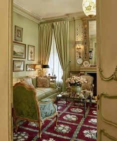 Country Decor Style – A Sactuary For Anyone – Self Home Decor French Interior, Classic Interior, French Decor, Interior Design, Luxury Home Decor, Luxury Homes, Luxury Apartments, Living Room Decor, Living Spaces