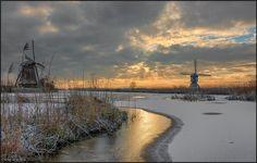 ***Winter sunrise at Kinderdijk (Netherlands) by Herman van den Berge - 500px