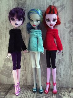 Hand-knitted sweater with long sleeves for MH and Ever After | Etsy Monster High Doll Clothes, Monster High Dolls, Monster High Custom, Pretty Hands, Hand Knitted Sweaters, Knitted Dolls, Ever After, Happy Shopping, Hand Knitting