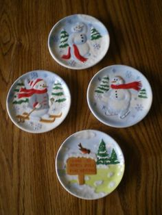 This is the Bird Notes Mini Plates Set. These birds sing songs of Joy Peace Love and Noel for your holiday season. Great Gift Idea! & This is the Bird Notes Mini Plates Set. These birds sing songs of ...
