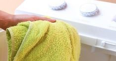 How to Get Fluffy Towels. It's the curse of anyone who invests in a set of nice towels: after repeated use, they eventually become as rough and stiff as the rest of the towels in the bathroom. While it can be tricky to get towels back to. Detox, For Your Health, Diy Tutorial, Home Remedies, Helpful Hints, Handy Tips, The Cure, Cleaning, Simple