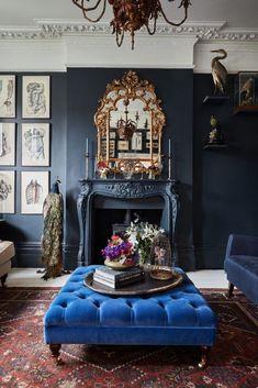 38 Marvelous Blue Interior Designs Ideas - My Design Fulltimetraveler Parisian Apartment, Blue Interior Design, Victorian Rooms, Eclectic Interior, Victorian Home Decor, Parisian Apartment Decor, Apartment Decor, Victorian Living Room, Blue Interior