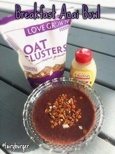 5-Ingredient Breakfast Acai Bowl | @fairyburger