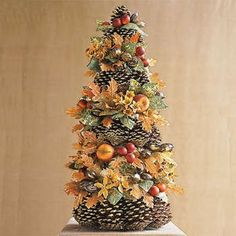 Maybe a table centerpiece for fall Autumn Inspiration, Christmas Inspiration, Thanksgiving Tree, Christmas Time, Christmas Crafts, Me Adora, Fall Wedding Decorations, Autumn Decorations, Wedding Ideas