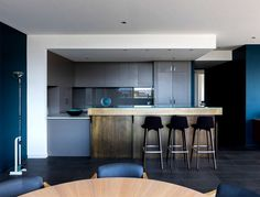 Contemporary Urban Dwelling by Stephen Collins Interior Design