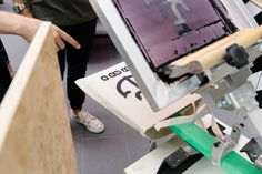 We took our showroom down to Birmingham Design Festival, as well as giving you the chance to screen print a bag! Design Festival, Giving, Birmingham, Showroom, Screen Printing, Desk, Events, Bag, Furniture