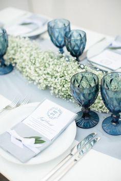 Ideas For Wedding Themes Spring Table Settings Beach Wedding Reception, Wedding Reception Decorations, Wedding Themes, Wedding Colors, Wedding Blue, Wedding Long Table Flowers, Sapphire Wedding Theme, Trendy Wedding, Wedding Tips